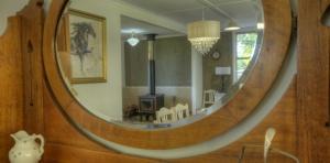 River-Oaks-diningroom-cabinet-1170x578