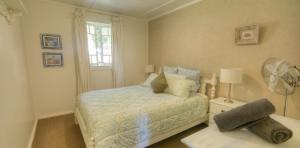 River-Oaks-third-bedroom-1170x578